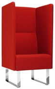 MATERIA monolite ext w endpiece 1seat red angle2LR